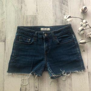 Blue Levi's Frayed Hem Shorts Petite 4